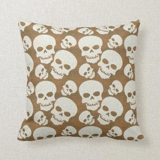 Skull Graphic Pattern Design Throw Pillow
