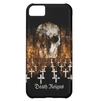 Skull, Graveyard, Grunge, Goth, Creepy Artwork Case For iPhone 5C