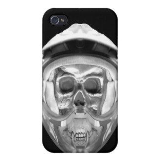 Skull Helmet on Black Cases For iPhone 4