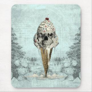 Skull ice cream cone illustration mouse pad