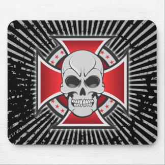 Skull & Iron Cross: Vector Drawing: Mousepad