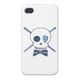 Skull & Knitting Needles Craft Skull (Blue) iPhone 4/4S Case