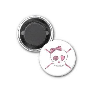 Skull & Knitting Needles (Pink) 1 Inch Round Magnet