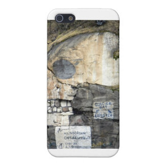 Skull Mountain iPhone 5 Cover