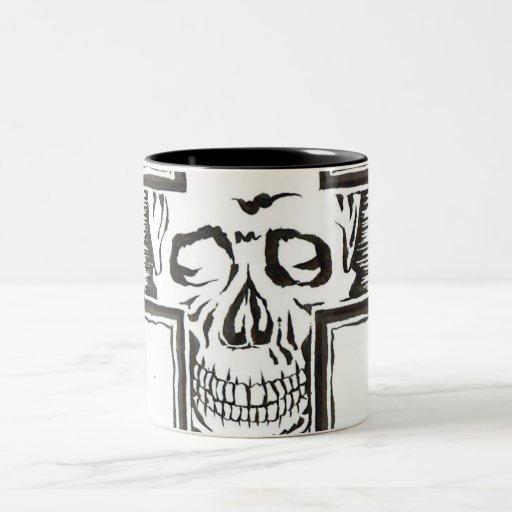 Skull-mug Taza