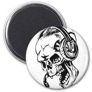 Skull using Headphone Fridge Magnet