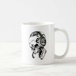 Skull using Headphone Mug