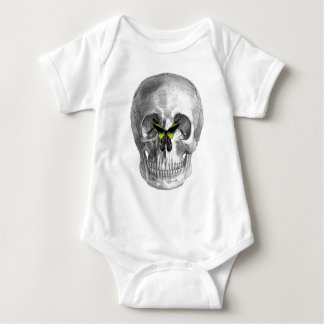 SKULL WITH BUTTERFLY ON NOSE PRINT SHIRT