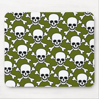skull with crossbones design mouse mat
