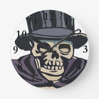 Skull with top hat round clock