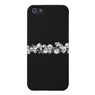 Skulls and Cross Bones iPhone SE/5/5s Case
