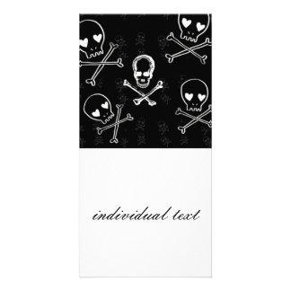 skulls and crossbones black card