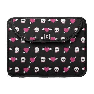 Skulls and hearts MacBook pro sleeve