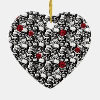 Skulls and roses pattern ceramic ornament