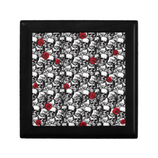 Skulls and roses pattern jewelry box