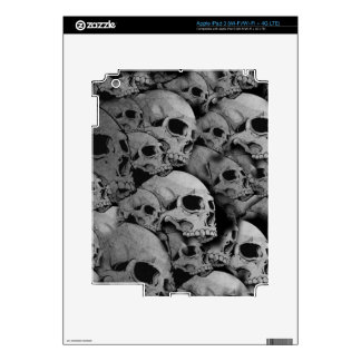 Skulls (black and white) skin for iPad 3