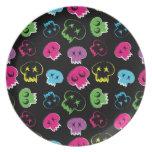 Skulls.jpg colorido platos