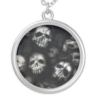 Skulls necklace/necklace
