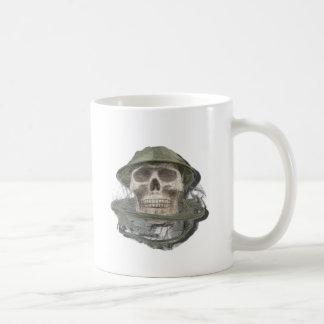 SkullWearingBeeKeeperHat100712 copy.png Taza De Café