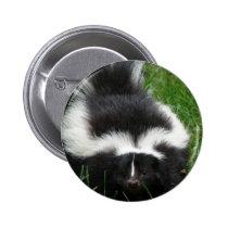 Skunk Round Pin