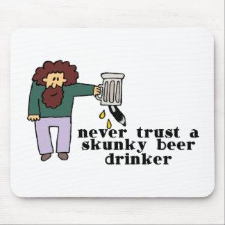 Skunky Beer Drinker Mouse Pad