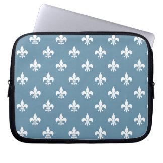 Sky Blue and White Fleur de Lis Pattern Laptop Sleeves