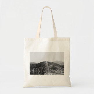 Sky Themed, A Black And White Picture Of A Hill Se Budget Tote Bag