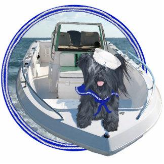 Skye Terrier hacia fuera en el barco Fotoescultura Vertical