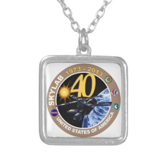 SKYLAB 40 o ¡Logotipo del aniversario Collares