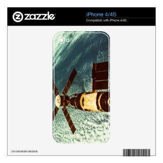 Skylab Space Station in Space Decals For The iPhone 4S