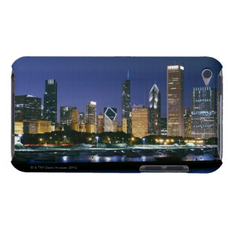 Skyline of Downtown Chicago at night iPod Case-Mate Case