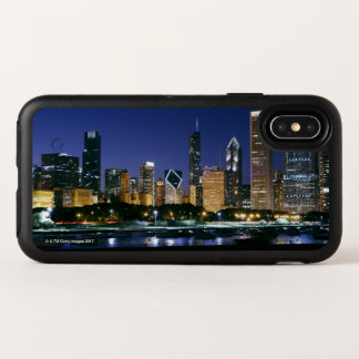 Skyline of Downtown Chicago at night OtterBox Symmetry iPhone X Case