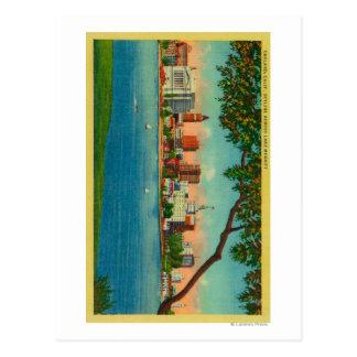 Skyline of Oakland across Lake Merritt Post Cards