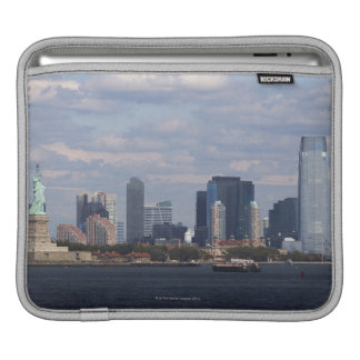 Skyline with Statue of Liberty Sleeve For iPads