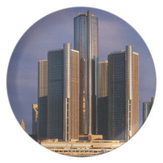 Skyscrapers by the water in Detroit 3 Party Plates