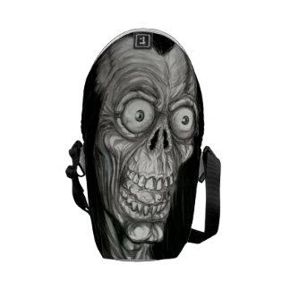 SLAPPY MESSENGER BAG