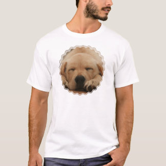 Sleeping Golden Retriever Men's T-Shirt