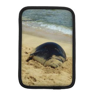Sleeping Hawaiian Monk Seal iPad Mini Sleeve