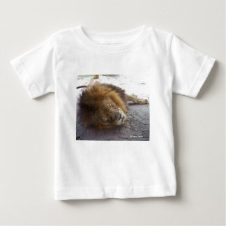 Sleeping male lion head view photograph baby T-Shirt