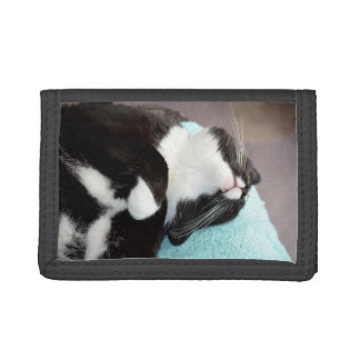 sleeping tuxedo cat chin view kitty image trifold wallet