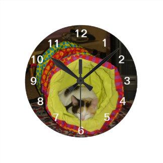 Sleepng Calico Kitten Wall Clock