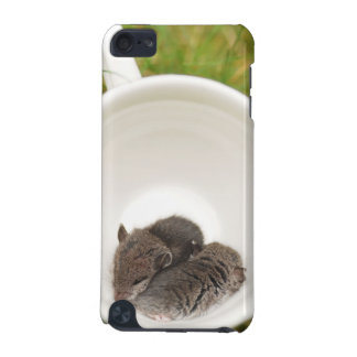Sleepytime Cute Baby Mice iPod Touch 5G Case