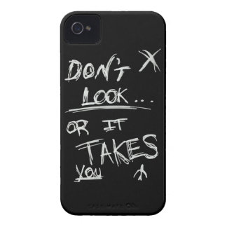 Slender: Dont Look White on Black iPhone 4 Case-Mate Case