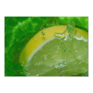 SLICE OF YELLOW LEMON MAKING SPLASH IN GREEN WATER 5X7 PAPER INVITATION CARD