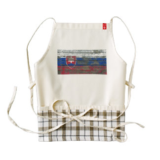 Slovakian Flag on Rough Wood Boards Effect Zazzle HEART Apron