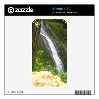 Slow Falls iPhone 4S Skins