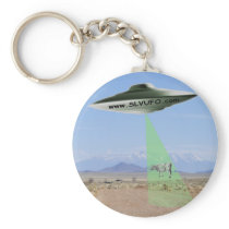 SLV UFO Keychain with UFO beaming up a Cow