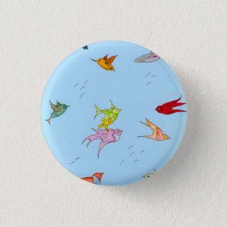 "Small 1 1/4 "" round button w/birds"
