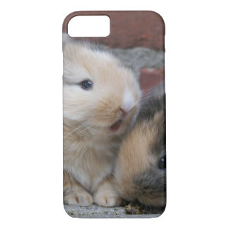 SMALL BABY RABBITS iPhone 7 CASE