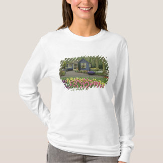 Small cottage flower shop, Keukenhof Gardens, T-Shirt